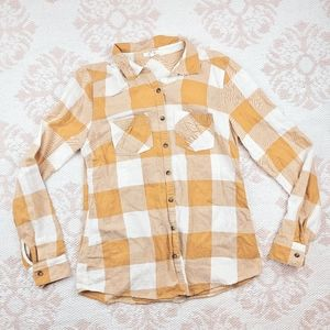 ☀️Maurices Rustic Yellow and White Plaid Flannel